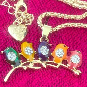 Betsy Johnson rainbow 🌈 ❤️ birds chain